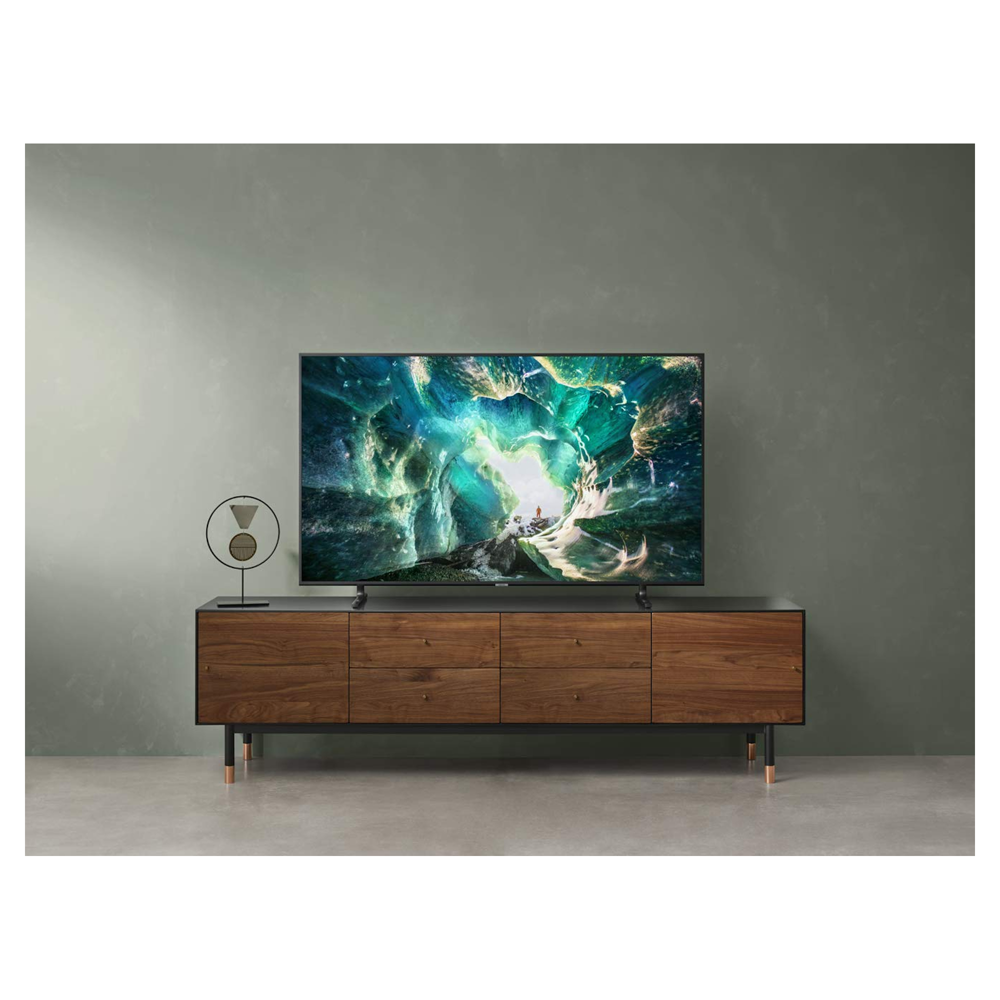 Samsung-UE49RU8000TX-49-4K-TV-Smart-Ultra-HD-HDR-LED thumbnail 6